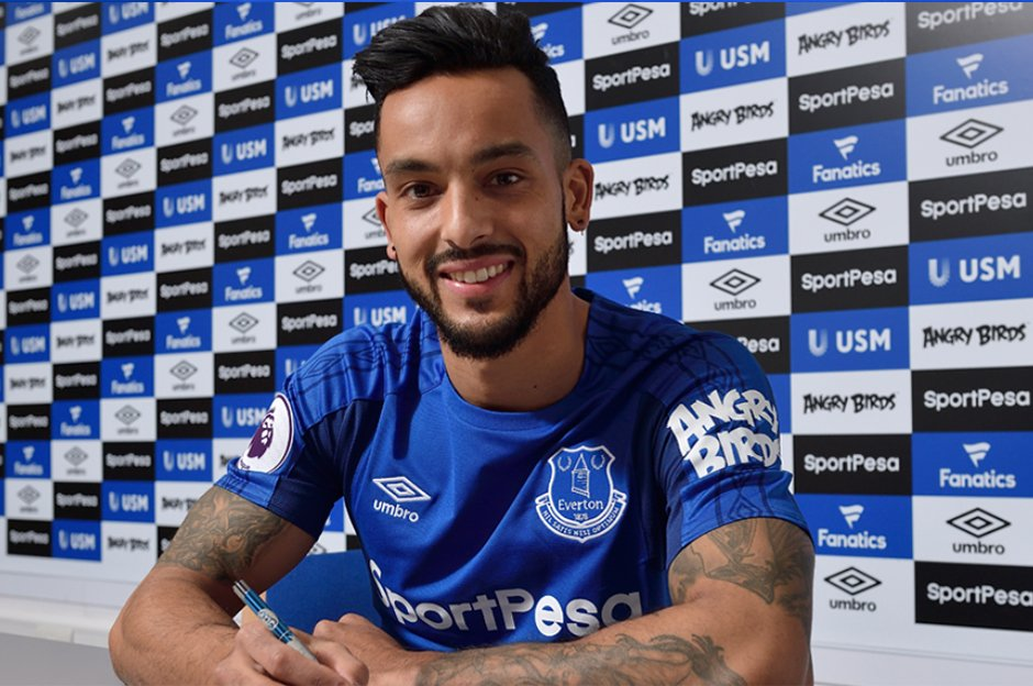 Everton, Theo Walcott transferini resmen...