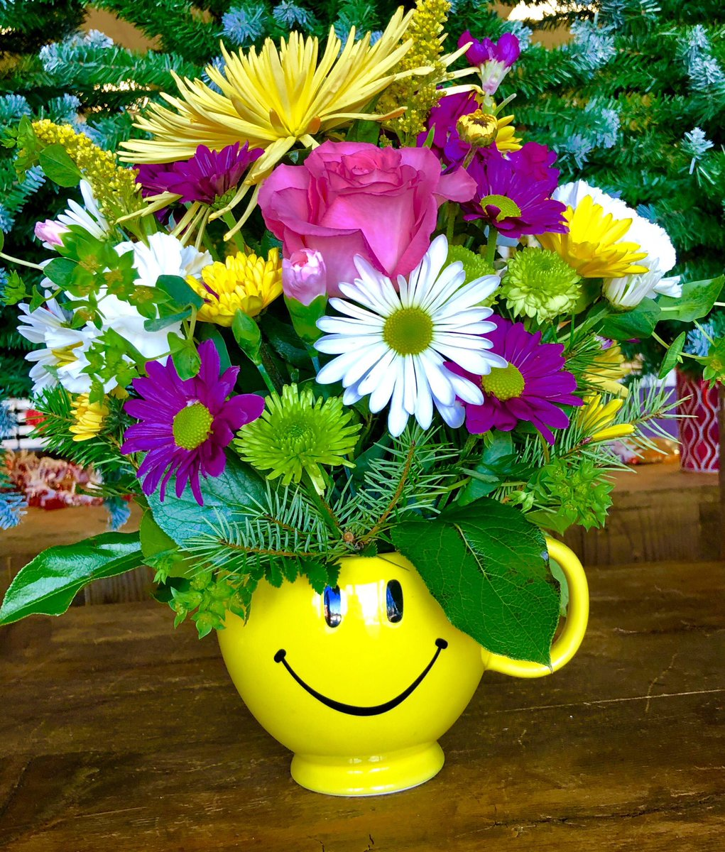 Parker Blooms On Twitter What Sunshine Is To Flowers Smiles Are