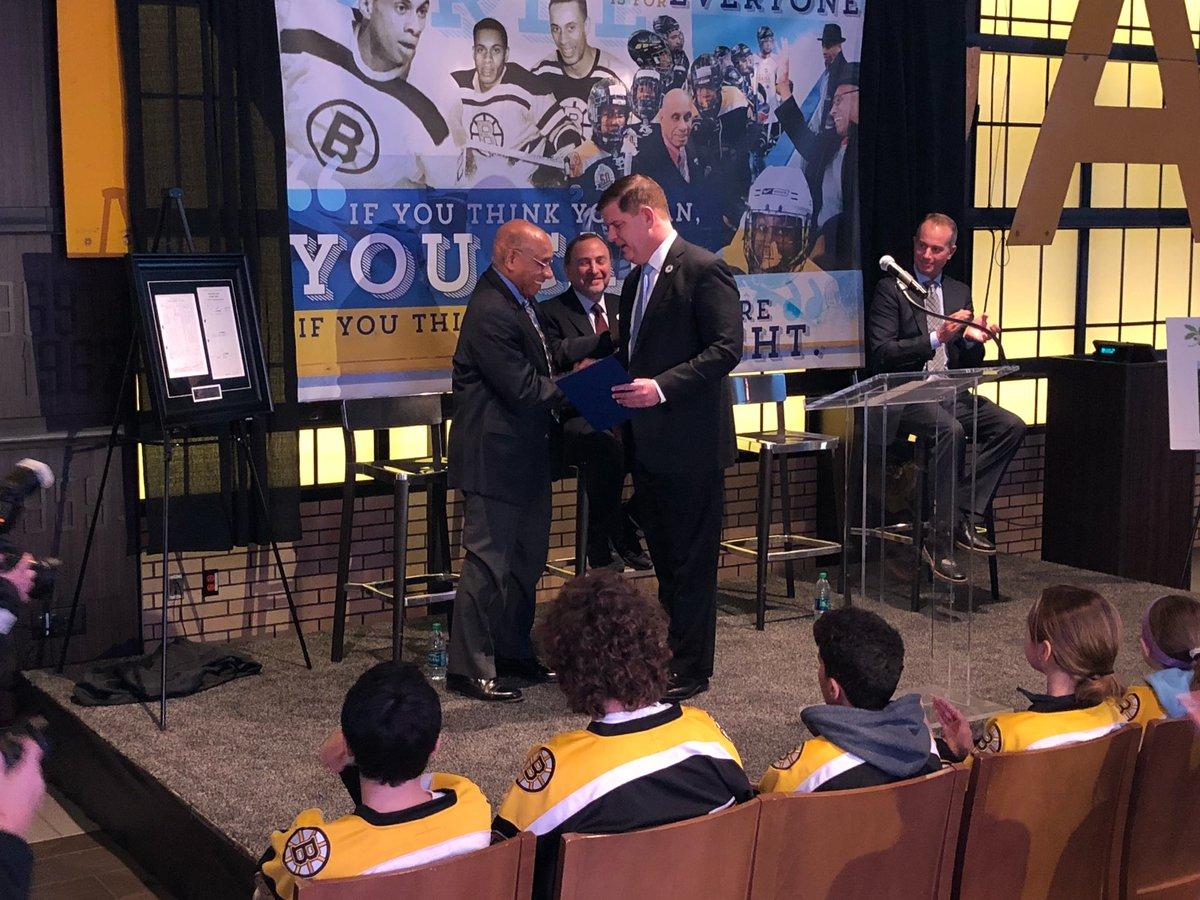 RT @NHLBruins: .@marty_walsh proclaims Jan. 18, 2018 as Willie O'Ree Day in the City of Boston. https://t.co/VepmFljtoK