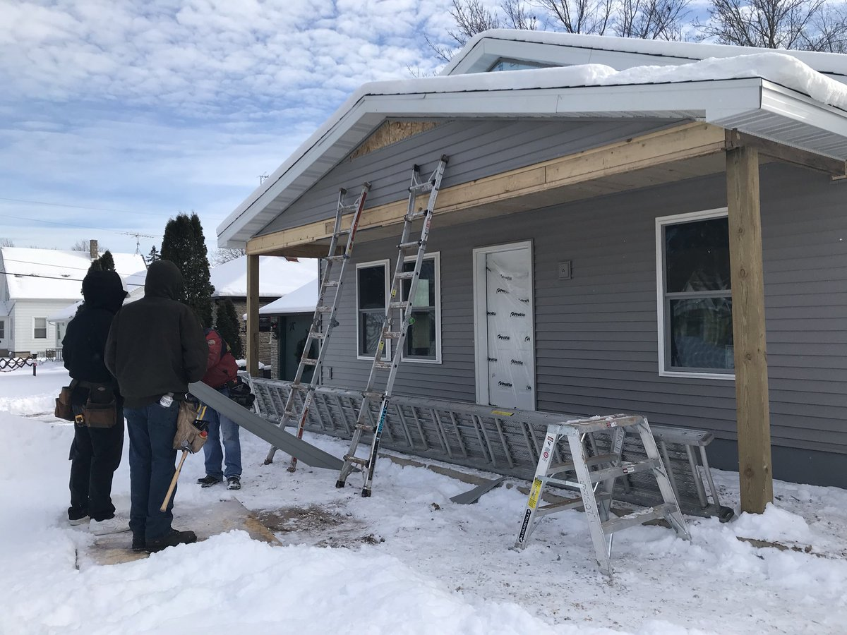 Sheboygan Falls High On Twitter Habitat For Humanity Construction How To Run Electrical Wire In A House Mr Hughes And Two Local Electricians Throughout The Students Also Worked Complete Placing Vinyl Siding Home