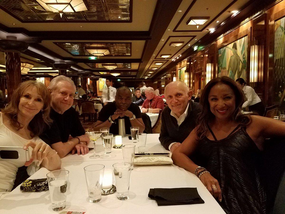 RT @akaWorf: The last 'Boat' night. https://t.co/PgFYeh2GGc