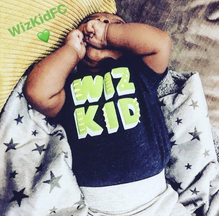 Baby Z is already reppin' Wizkid FC. 👶🏾💚...