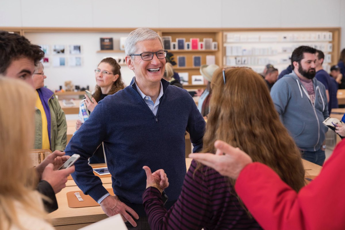 Hello from the biggest little store in the Apple family! Loved meeting our Reno team—thanks for all you do!
