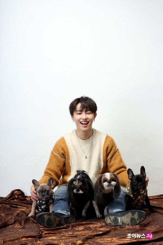 [NEWS]  [스타♡펫 HD포토]블락비 유권의 대가족을 소개합니다...