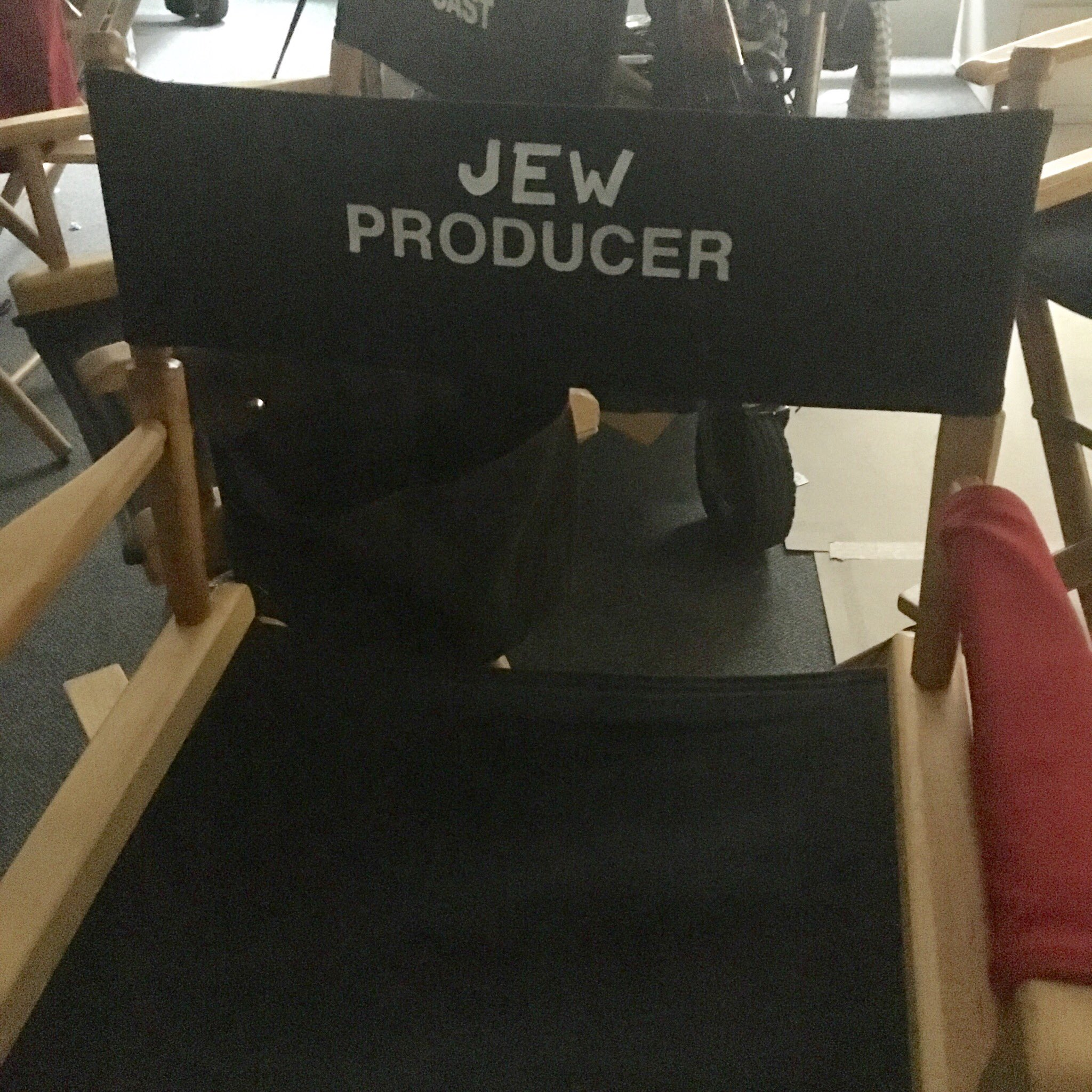 One day I went to my chair on set and @annedudek and @adamlustick used gaffer's tape to do this. #corporateshow https://t.co/zQ9DsH6Pyv