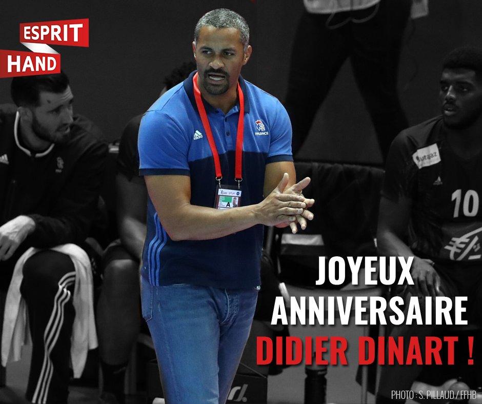On souhaite un joyeux anniversaire à @dinart33 qui fête ses 41 ans aujourd'hui ! 🎉🎉 #EspritHandball https://t.co/Z4bd0Z41BB
