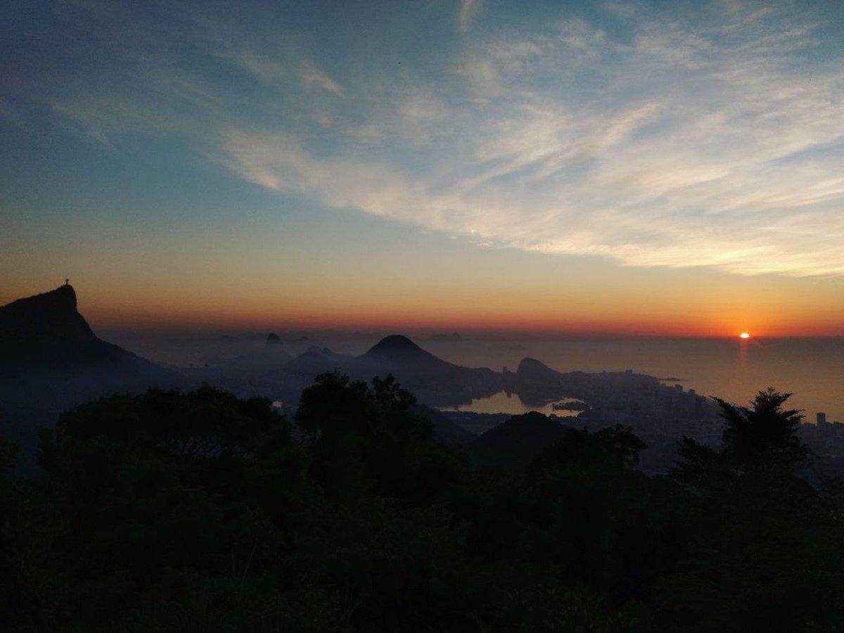 Sensação térmica pode chegar a 45°C no Rio, aponta meteorologia https://t.co/0vfd8Q2EPB #G1Rio