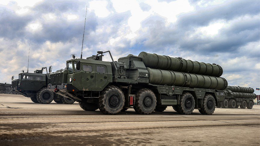#Russia starts S-400 missile system delivery to #China https://t.co/pVRN7MeTnu https://t.co/AIfeHnhVIL