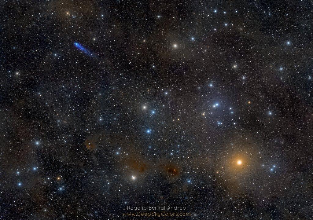 RT @1imagenbonita: Imágenes de astronomía - vía NASA #photography #astronomy #fotografia Blue Comet in the Hyades https://t.co/7CtsXJIpVc