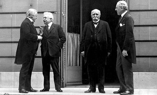18 gennaio 1919 conferenza di pace di Parigi, organizzata dai paesi vincitori della prima guerra mondiale