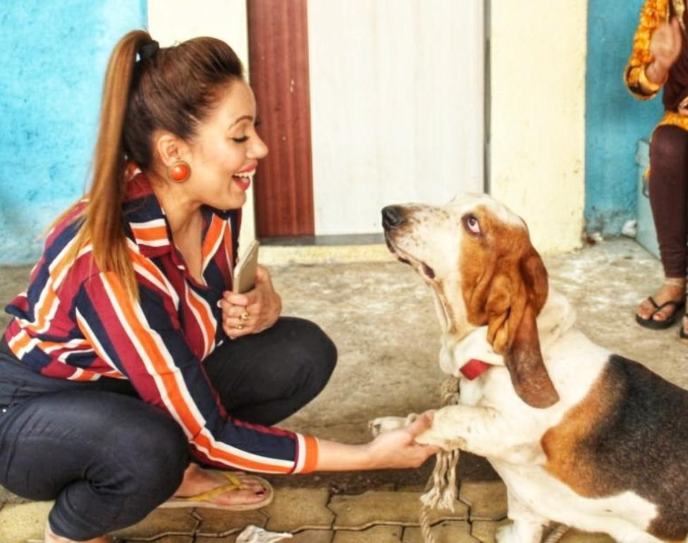 """Munmun Dutta on Twitter: """"Few pictures but for the full post please go to  my instagram and read it. Thank you ✌… """""""