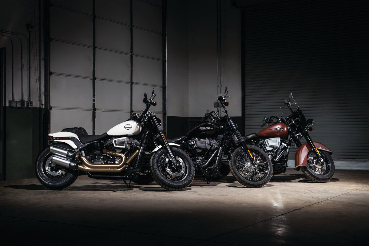 Hypercharger ES now available for the entire 2018 Softail lineup. Milwaukee-Eight Touring, and Twin Cam fitments also available: https://www.kuryakyn.com/hyper  #Kuryakyn #HyperchargerES #Hypercharger