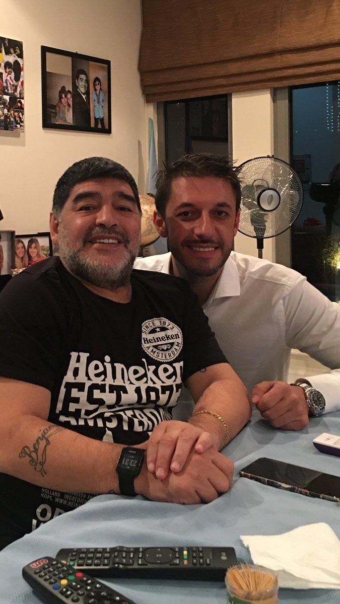 Maradona bunu da etdi -