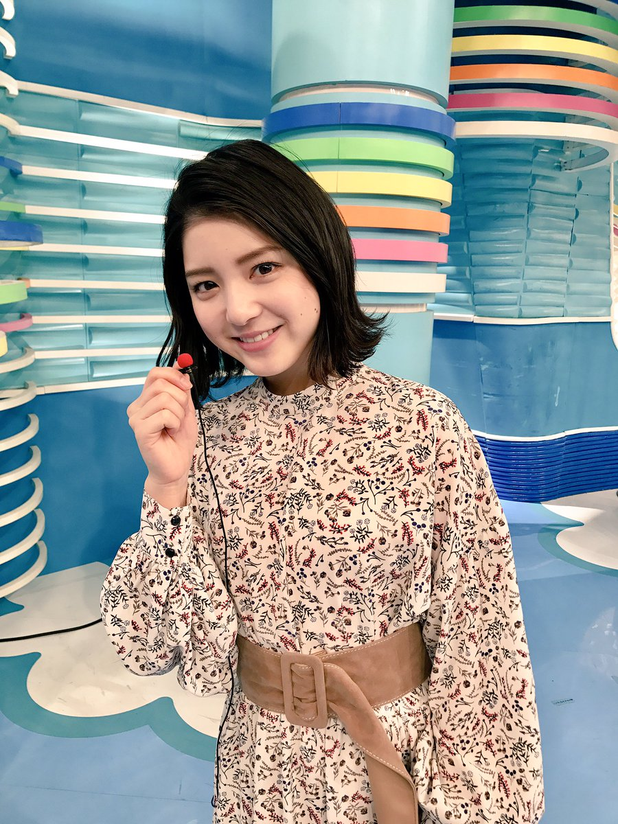洋服が素敵な川島海荷さん