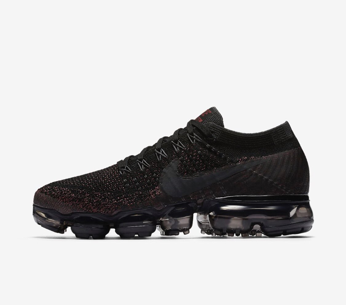 a92964a4df645 ...  VapormaxFlyknit  WhiteChristmas  VaporMax  ForSale  Sneakers  Hype   Hypebeast  SNKRS  Casual  Shoes  AirVaporMax  Hypebeast  Nikespic.twitter.com   ...