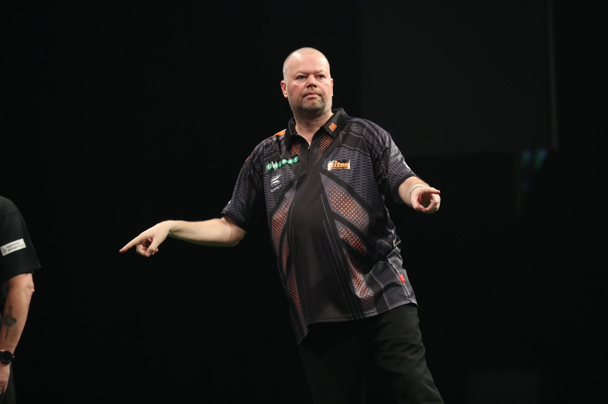 Happy with the point ! Had a little scare at the walkon when someone accidentally scratched my finger. But found my rhythm again to get a draw ! @Superchin180 missed some to let me back in Next Up Wigan thanks for your support