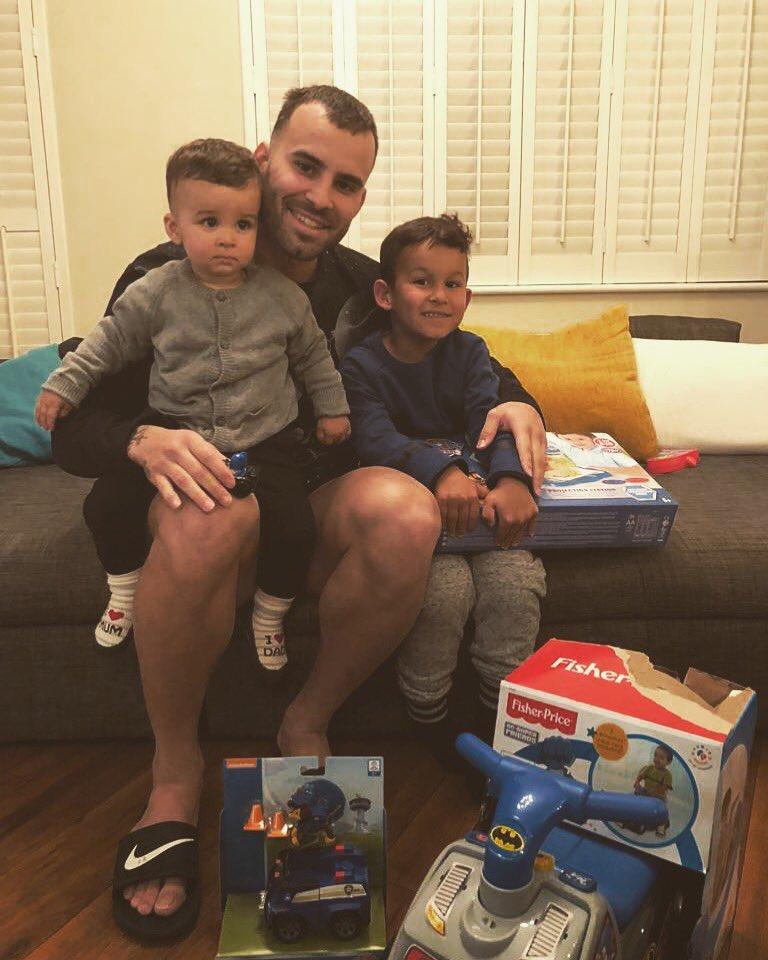 que ganas tenia de ver y estar con  mis nenes más lindos�  pero lo que más deseo es estar con los 3 te extrañamos mucho Nyan ��☺� #miguerrero  ��