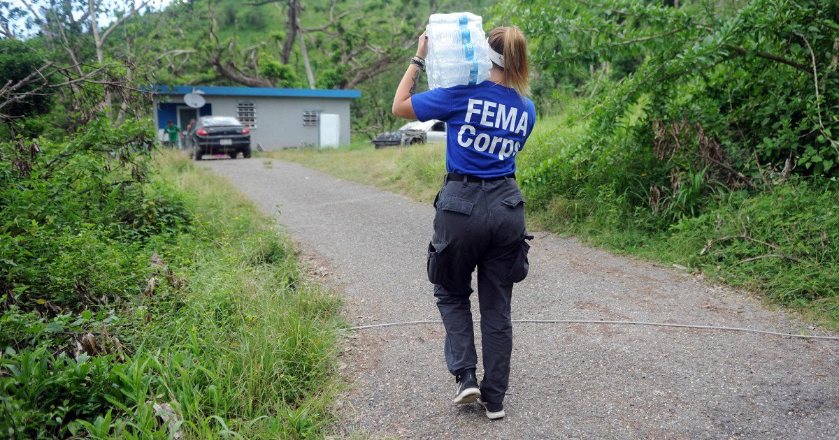 A third of Puerto Rico is still without power, but FEMA stops delivering food and water on Wednesday http://bit.ly/2DR0eGI