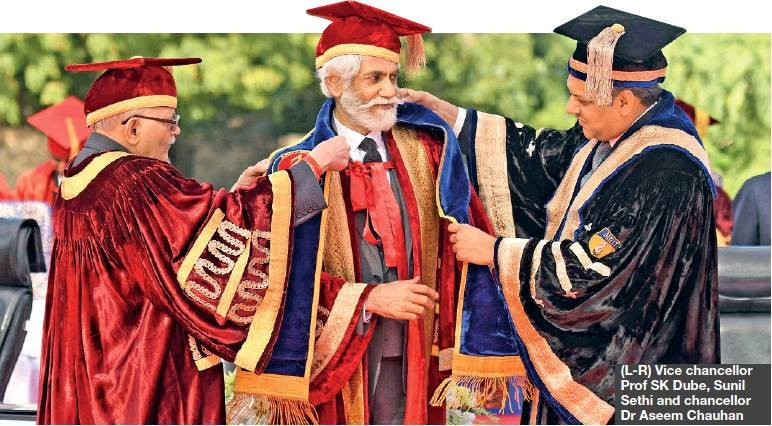 Amity University Jaipur On Twitter Fashion Design Council Of India Fdci President Mr Sunil Sethi Conferred With Honorary Doctorate By Amity University Jaipur Thefdci Https T Co Lplm2qa8ao