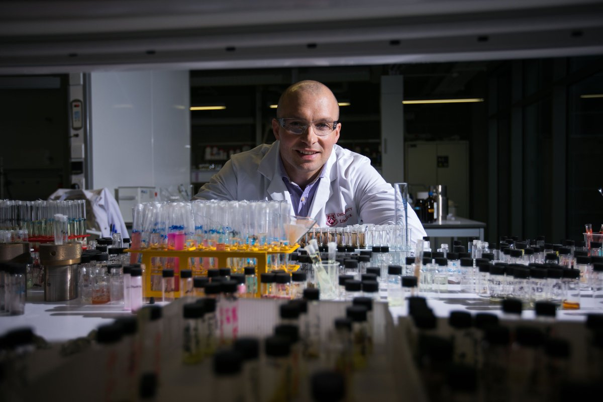 @BernalNews take on global pharma&#39;s biggest challenge  7/10 drugs never reach the patient because they are not soluble enough to be absorbed in the body. Dr Luis Padrela, lecturer in industrial biochemistry  aims to change that @UL_Research @SSPCentre #ResearchAtUL @UL<br>http://pic.twitter.com/TM2UlMDyEb