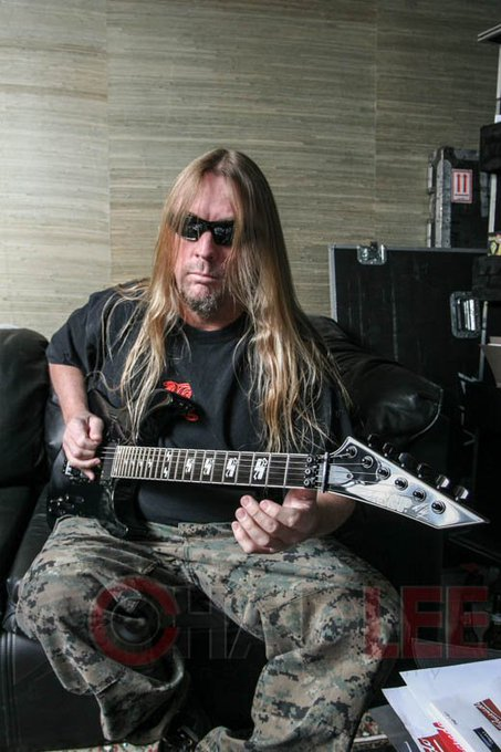 Happy Birthday Jeff Hanneman It\s been 5 years of Reign in heaven Brother  Thank you for EVERYTHING!