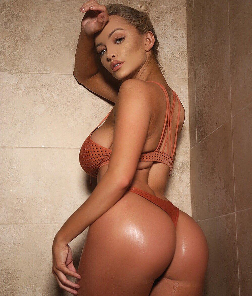 Elizabeth bally nude