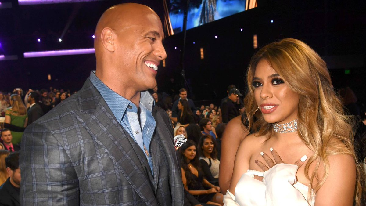 💪🏾 @dinahjane97 transforms into @TheRock for her upcoming #LipSyncBattle performance: https://t.co/3ns7KHwYrK @lsb