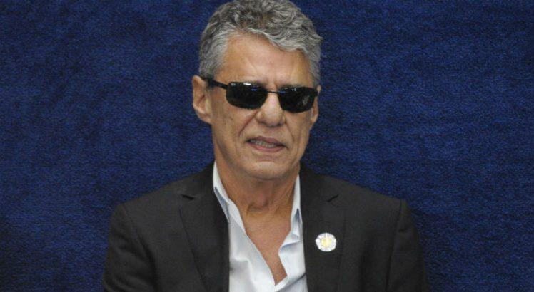 Antiquário paulista que ofendeu Chico Buarque terá que pagar R$ 100 mil de indenização https://t.co/XwEVJPZRr9