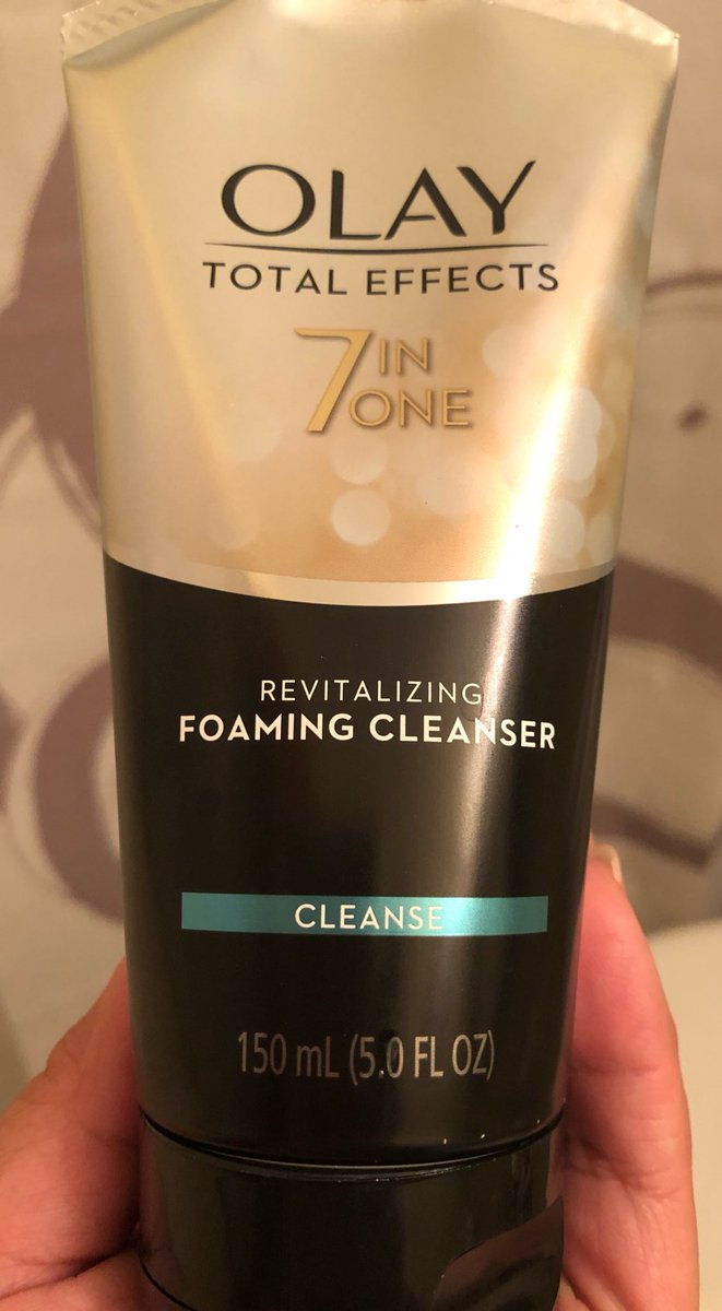 Olay Skin Care On Twitter Love Hearing That Our Regenerist Whip Revitalising Cream Cleansing Has Wowd You At First Touch How Is Your Mom Liking It Thank Both For Giving Whips A