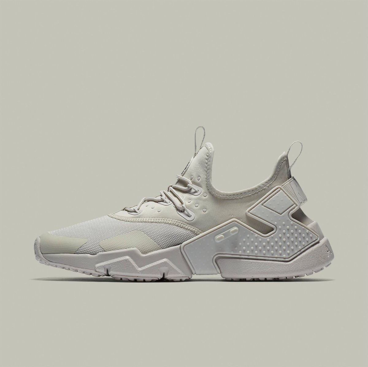 cce059667b803 ... uk champs sports on twitter new take on a classic nike huarache drift  is now in