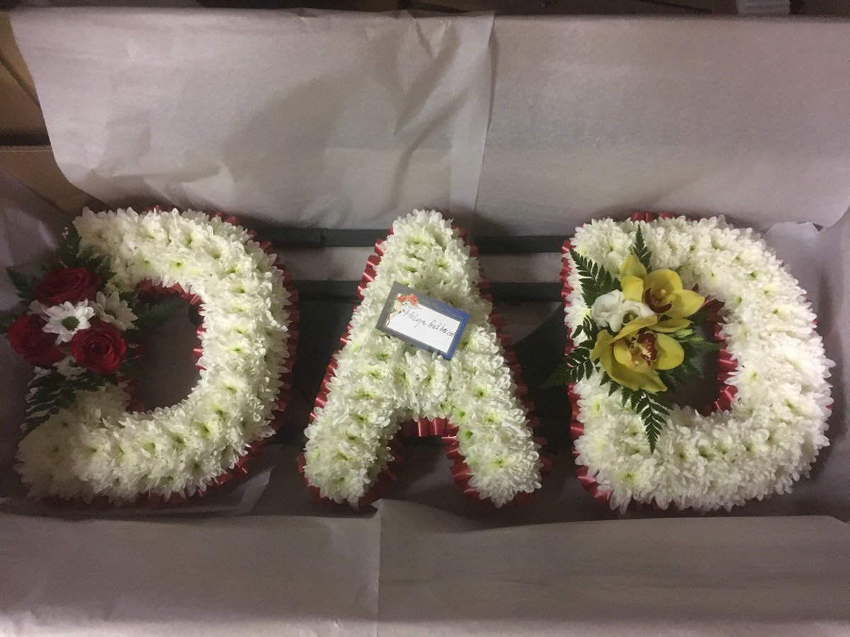 Funeral Flowers On Twitter Personalized Letter Tributes