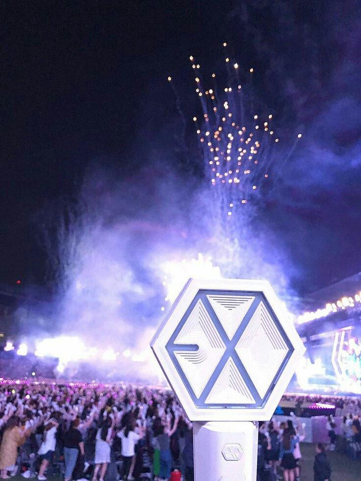 Exo On Twitter Quot 엑소엘과 함께한 첫 1위 👉 감사합니다 👍 Exo 엑소 쇼챔
