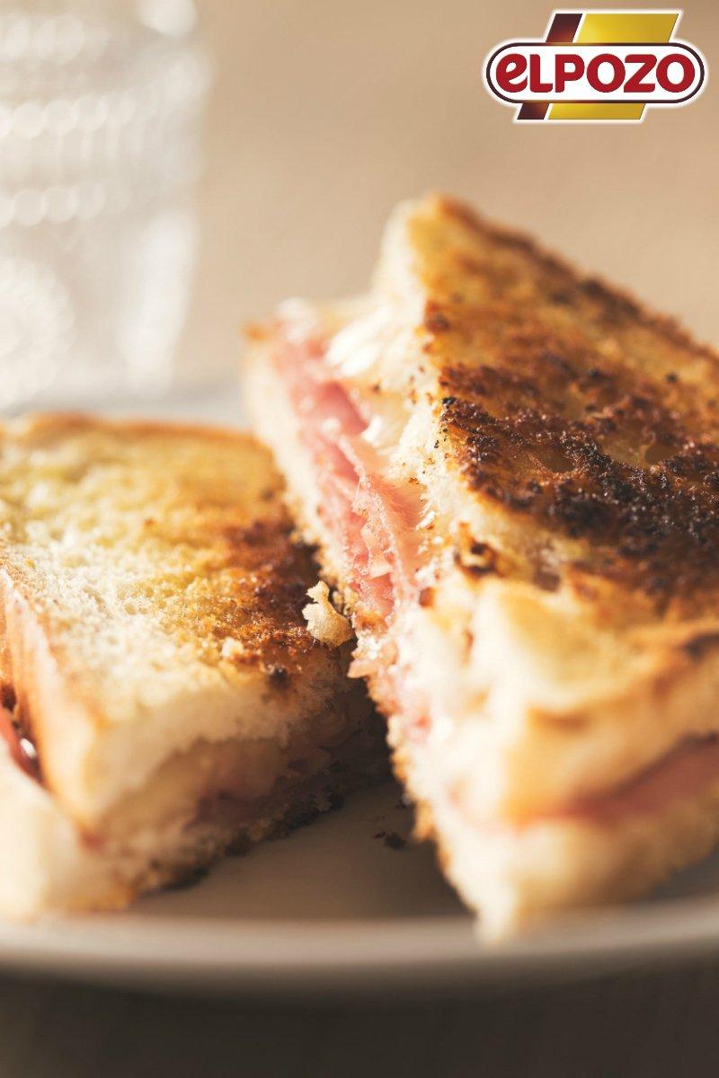 ¿Almorzamos? 😉 ¡#FelizJueves! #SándwichM...