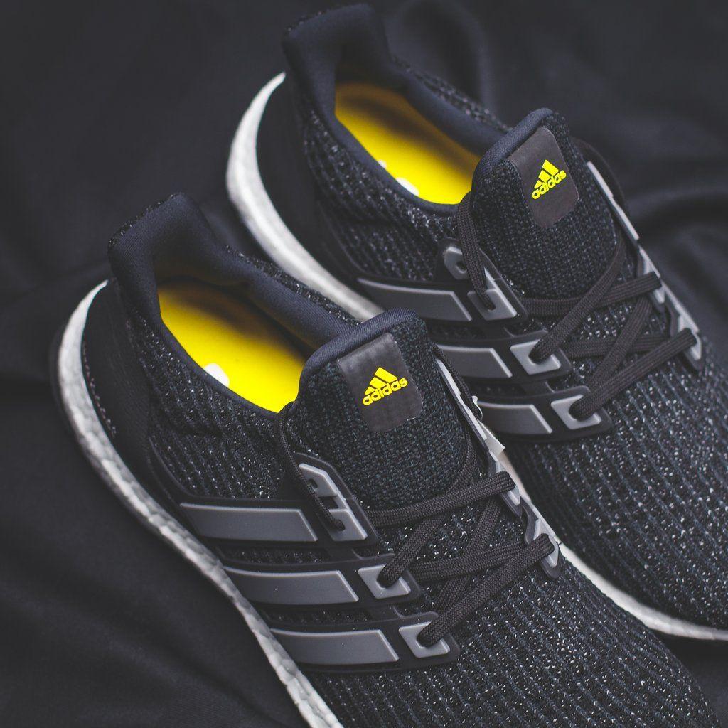 5d8f44ac6b623 Sneaker Shouts™ on Twitter