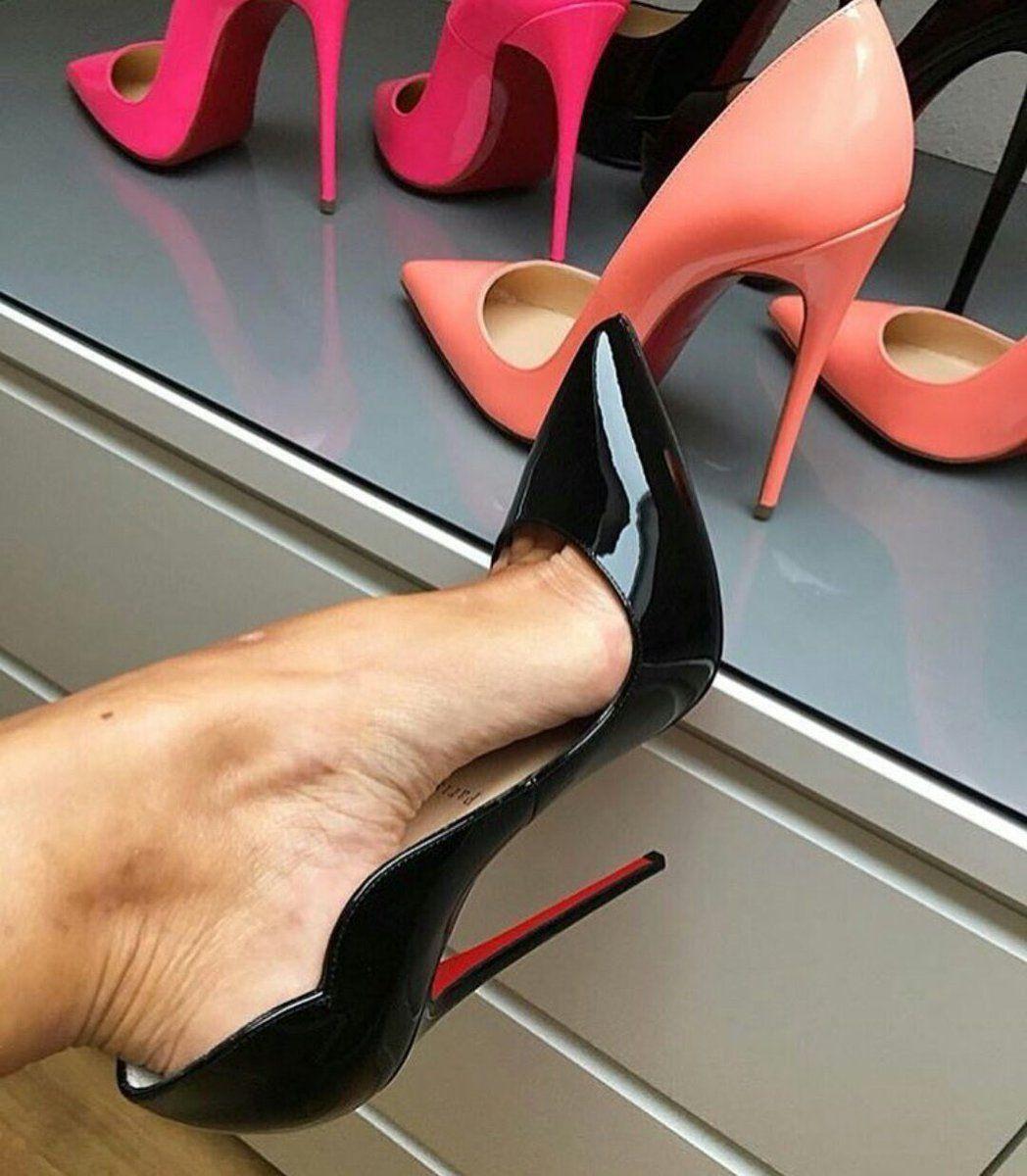black-high-heels-gallery