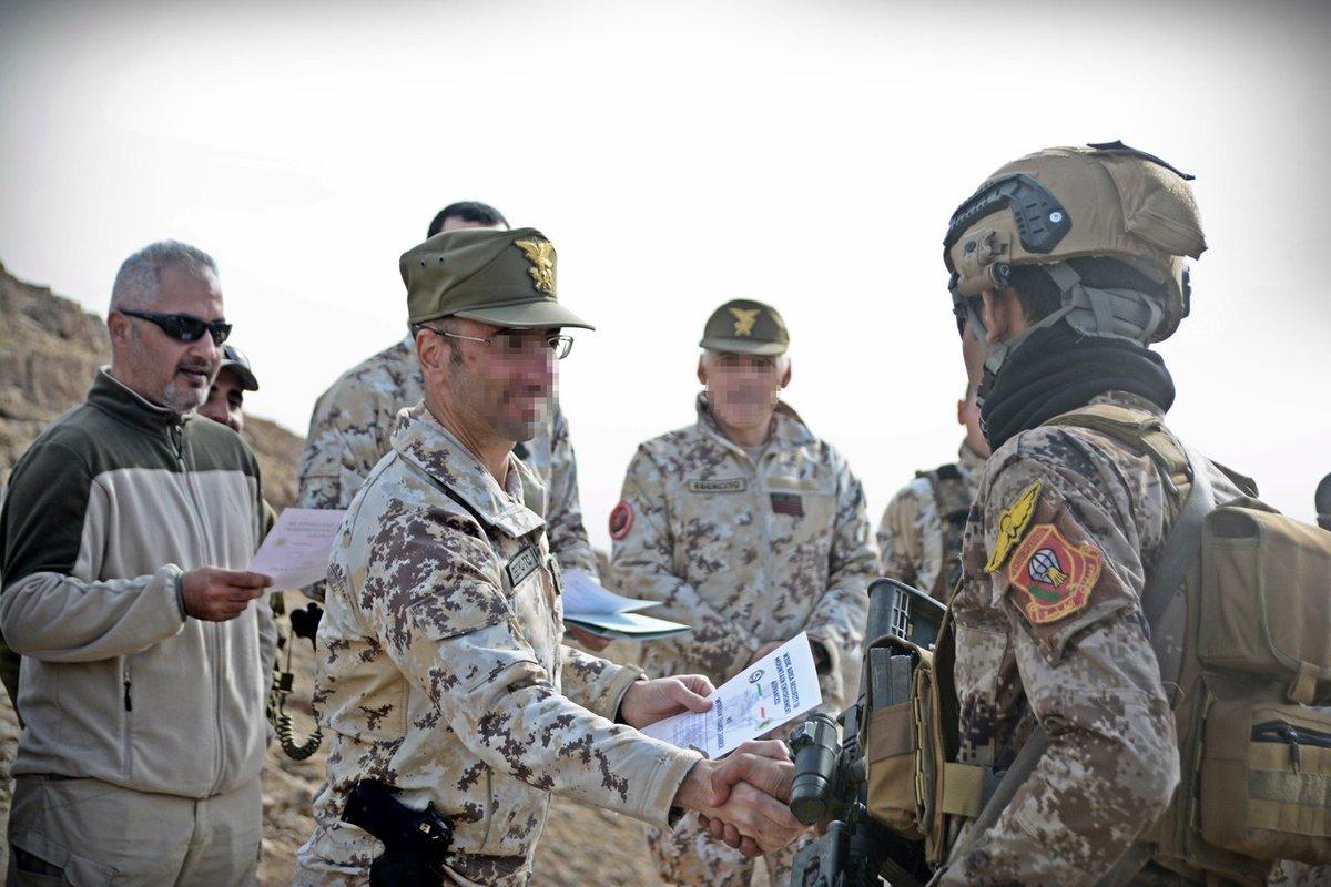 جهود التحالف الدولي لتدريب وتاهيل وحدات الجيش العراقي .......متجدد DU9yg1UXcAIGSwg