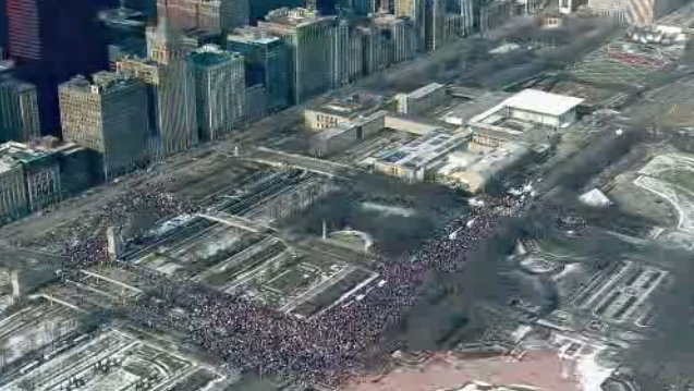 BREAKING: An organizer of this year's #WomensMarch in Chicago says the crowd has matched last year's -- 250,000. Here is a screen grab from #Chopper2 over #GrantPark ....