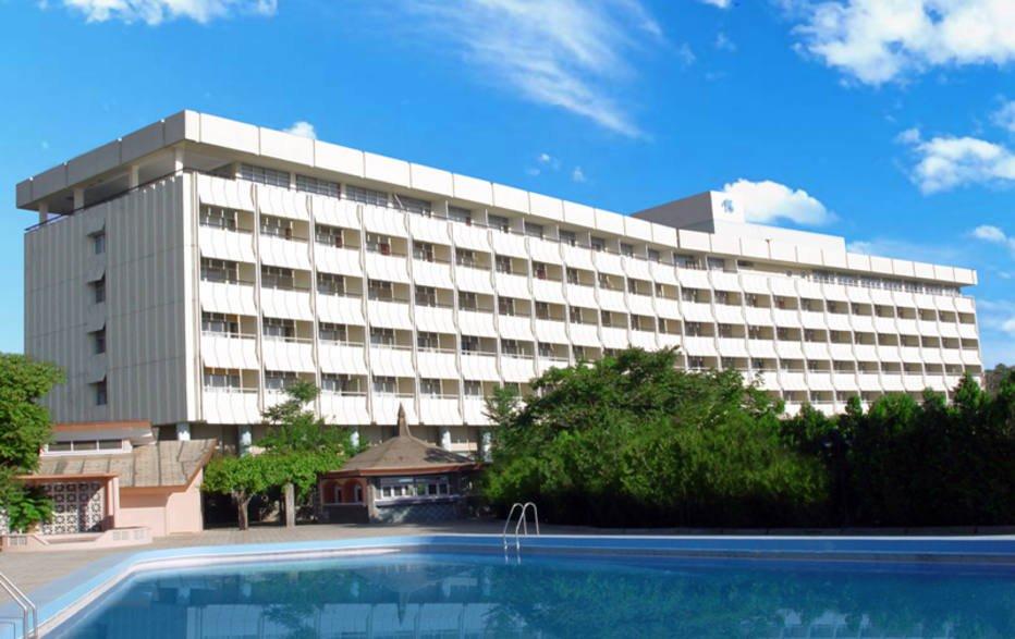 URGENTE: Terroristas armados invadem hotel de luxo em Cabul, no Afeganistão https://t.co/TGYh91tzOG