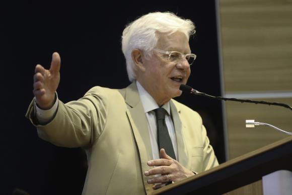 Temer dirá em Davos que 'Brasil voltou' e que recessão foi superada, diz Moreira https://t.co/fbeypbmIcH 📷Fabio Rodrigues Pozzebom/Arquivo/Agência Brasil