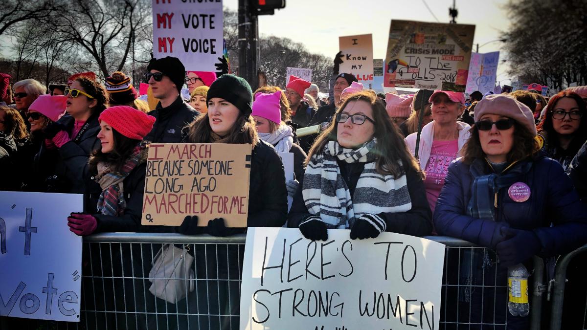 Photos: The Women's March in Chicago https://t.co/pQ6jBOfyj9 #womensmarchchi #WomenMarch2018