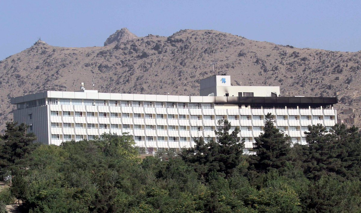 RT @RaiNews: Afghanistan, attacco all'hotel Intercontinental di Kabul: vittime e ostaggi https://t.co/nhFWxaharC https://t.co/qTYJpqTkTT