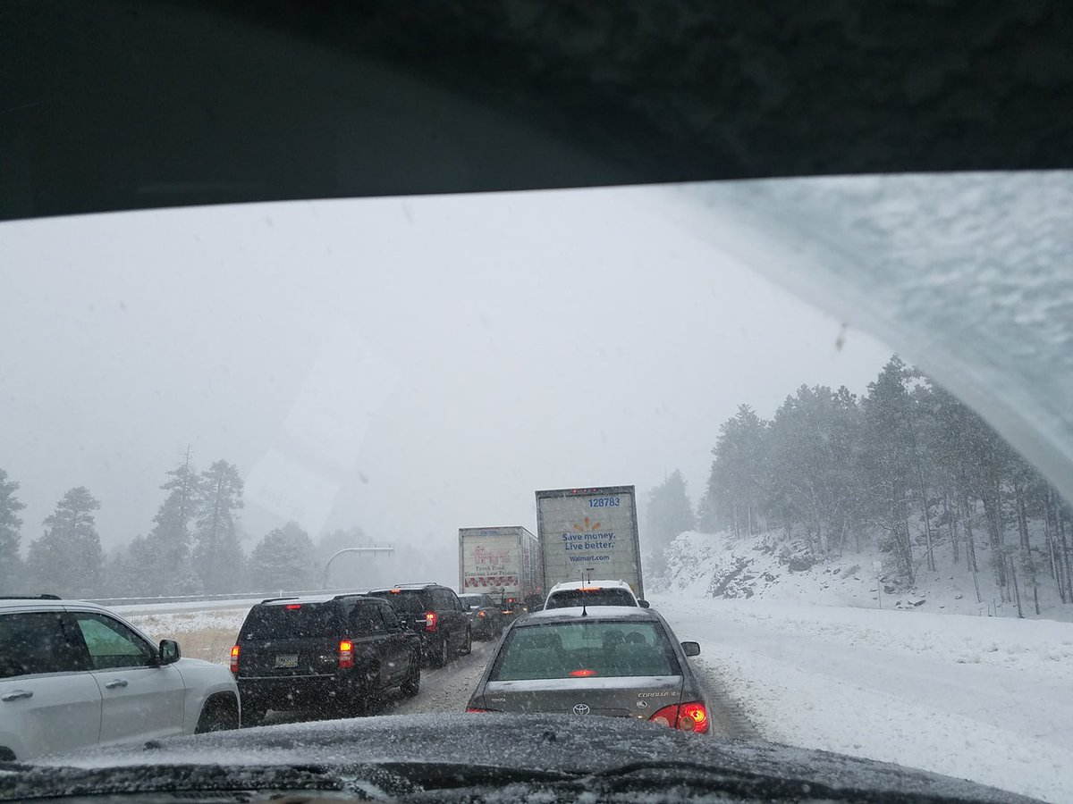 At Noon: 1-17 NB is at a stand still just north of Munds Park. Image care of Danielle, thanks. #azwx