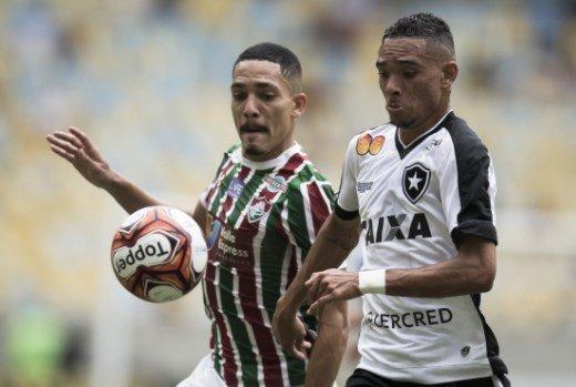 RT @goleada_info: FIM DO 1º TEMPO!  Fluminense 0x0 Botafogo  🏆 Campeonato Carioca - 2ª rodada (Taça Guanabara) https://t.co/sja8w9D6Mx