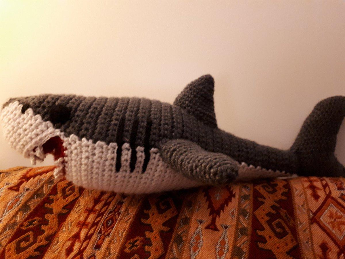 Amazon.com: Vietsbay White-Gray Shark Handmade Amigurumi Stuffed ... | 900x1200