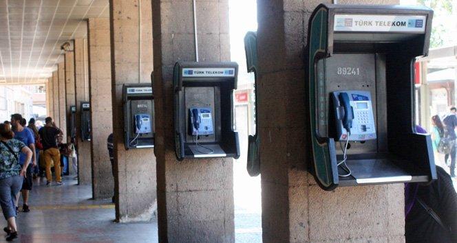 'Ankesörlü telefonla konuşma' suçlamasıy...