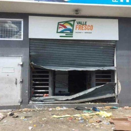 El 80% de los comercios saqueados en Calabozo no podrá reabrir sus puertas https://t.co/SrPGLSjKqg https://t.co/YXttKC7qmh