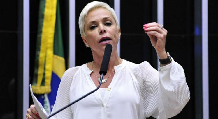 Planalto confirma para segunda-feira posse de Cristiane Brasil https://t.co/AqyBNtj8Sg