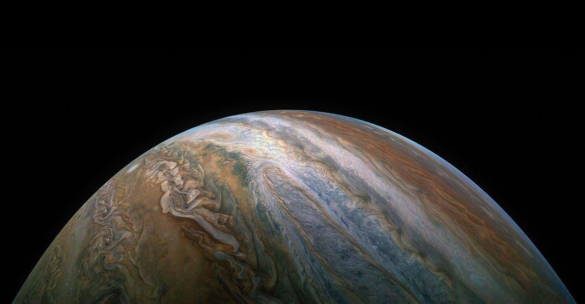 Gorgeous images of the planet Jupiter https://t.co/lR1VtNTCUF