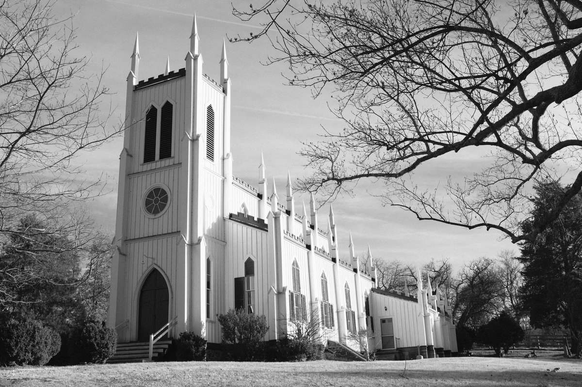 this gorgeous church was just hanging out in the middle of nowhere (or precisely, rapidan, va)