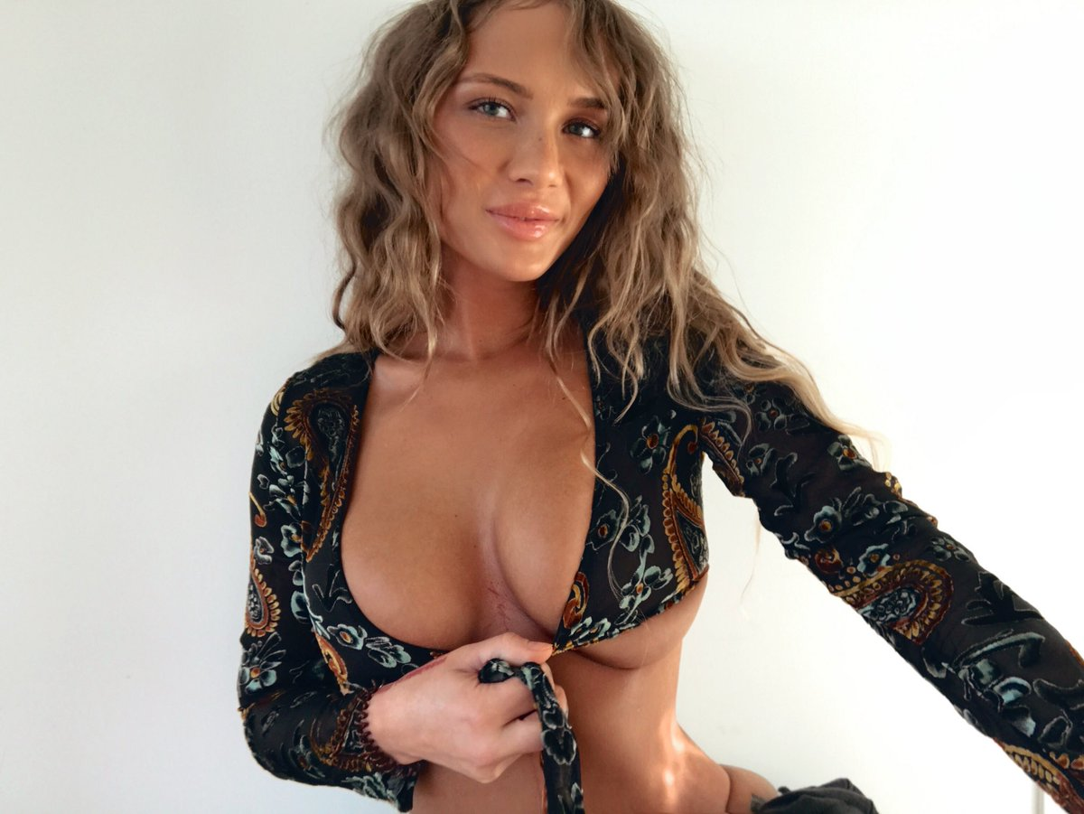 Niykee Heaton nudes (93 photo), Is a cute Paparazzi, Twitter, bra 2015